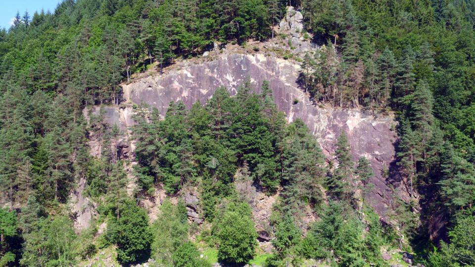Blick auf den Kletterfelsen Hornberger Platte