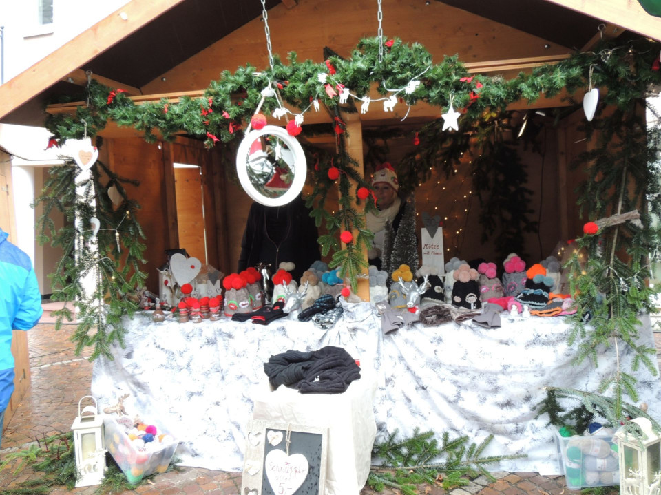 Verkaufsstand beim Hornberger Weihnachtsmarkt